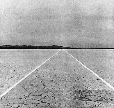W.De Maria, Mile Long Drawing ,1968